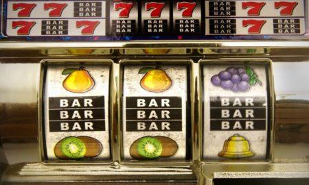 ¿Cuál es la secuencia de las máquinas tragamonedas de frutas?