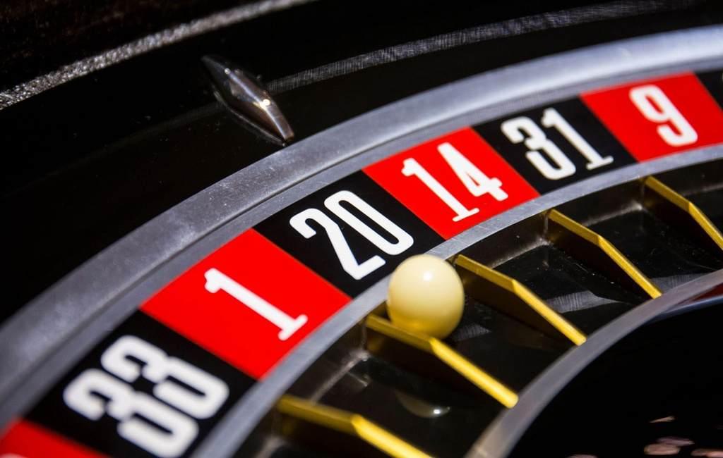 ¿Cómo apostar a los números en la ruleta?