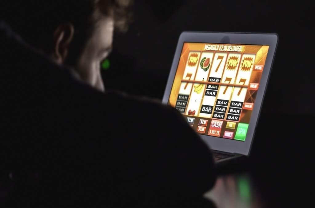 ¿Cómo apostar por internet y ganar?
