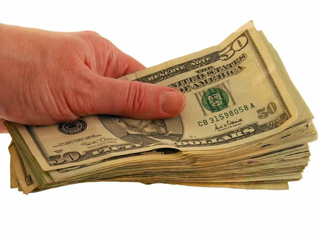 ¿Cobra comisiones Bet365 al realizar ingresos o retiros?